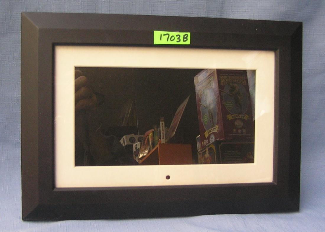 High quality Optimus 9 inch digital photo frame