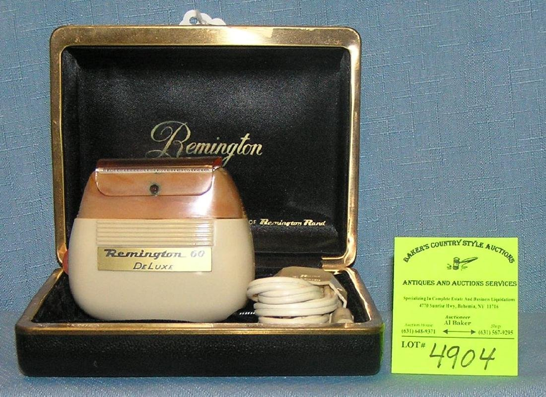 Vintage Remington deluxe shaving kit
