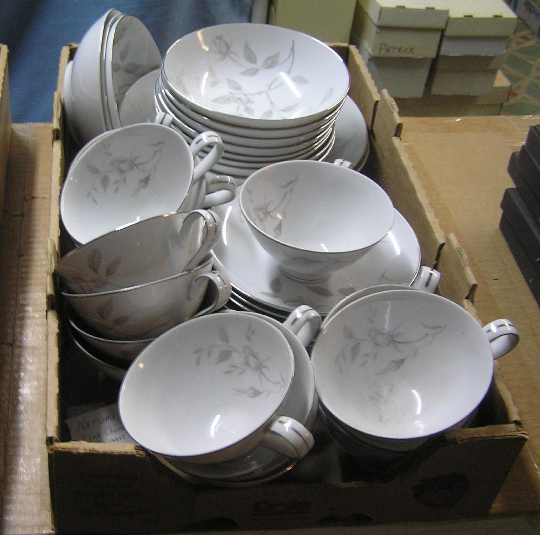 Narumi of Japan fine china dinnerware set - 5