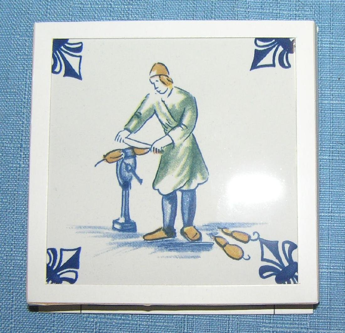 Large collection of Delftware tiles - 7