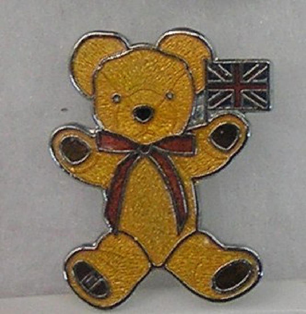 Merry Thought English bear club collectors pin