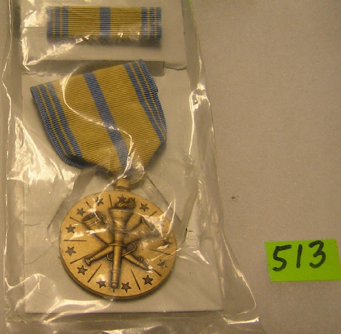 Vintage U.S. armed forces reserve medal