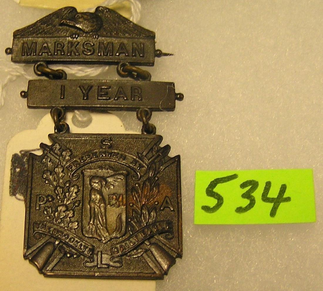 Vintage WWI bronze marksman medal