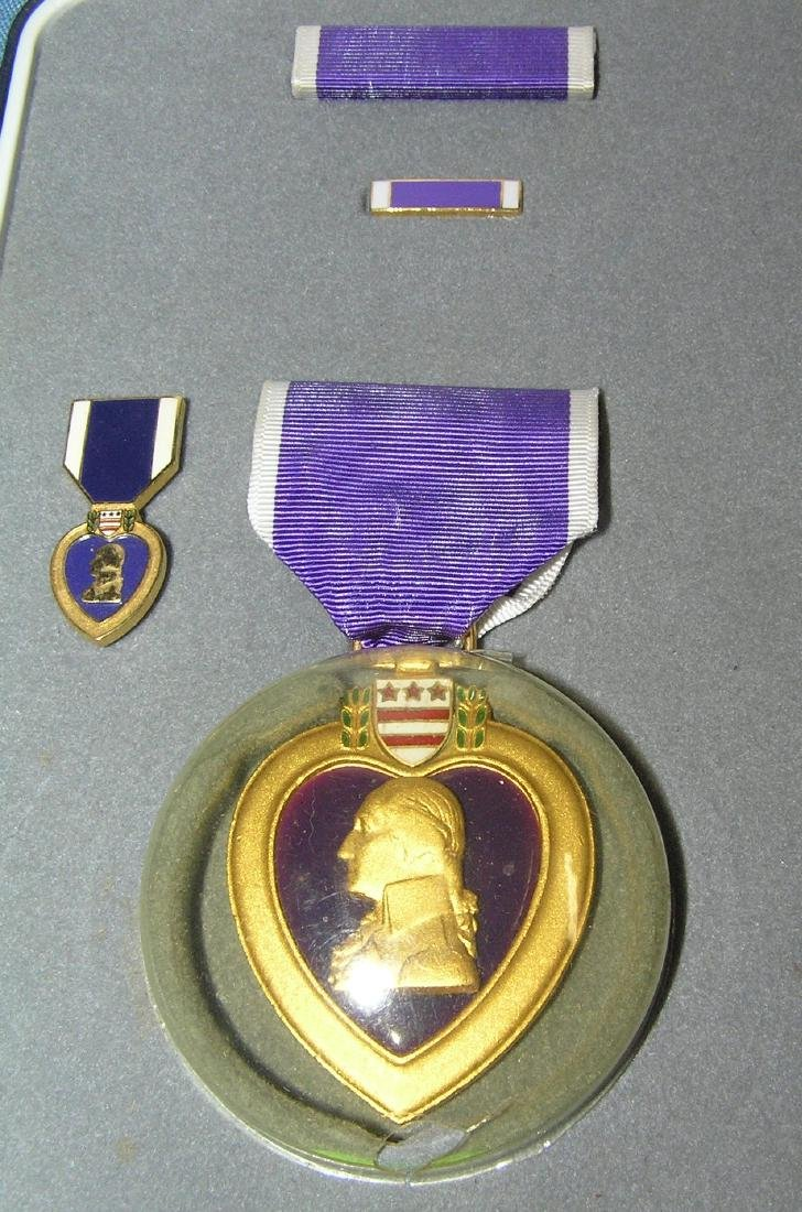 Purple Heart with ribbon, bar, brooch and miniture