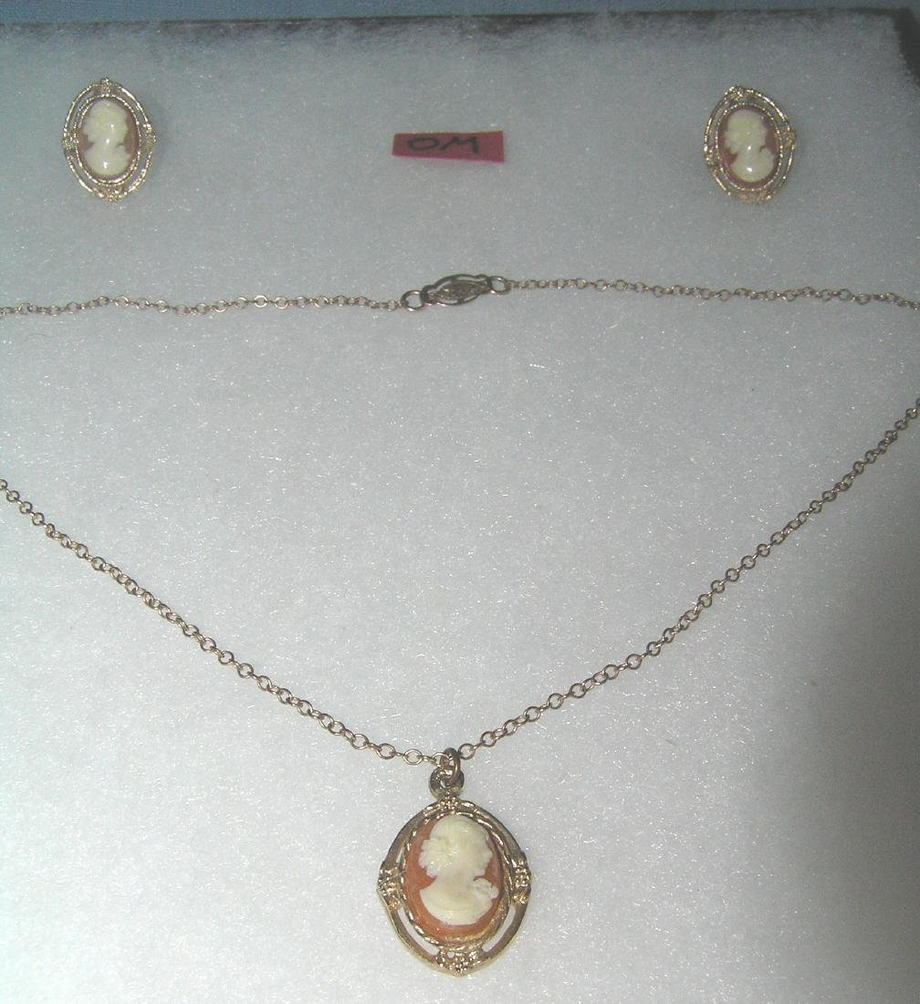 Quality costume jewelry cameo necklace and earring set