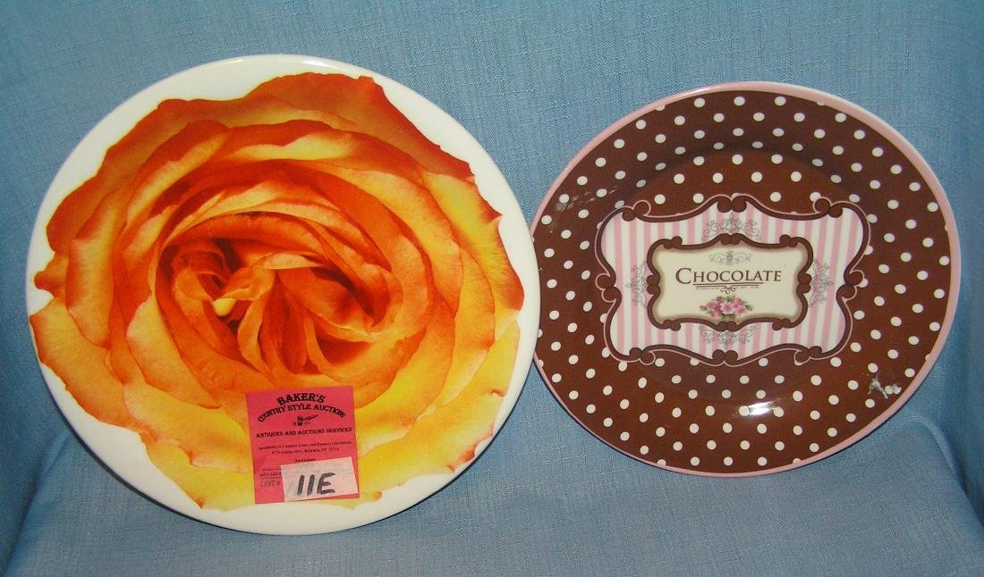 Pair of porcelain decorative plates