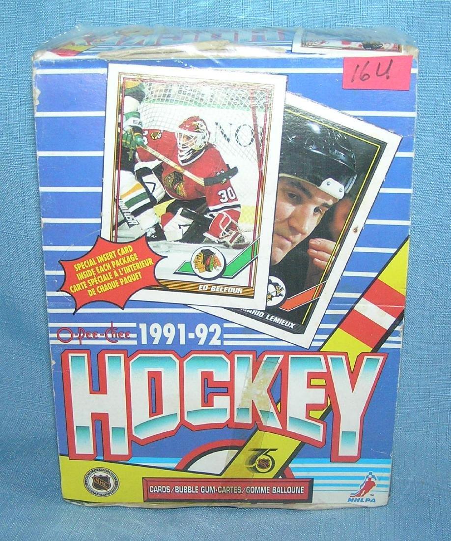 O-PEE-CHEE hockey 1991-1992 card packs