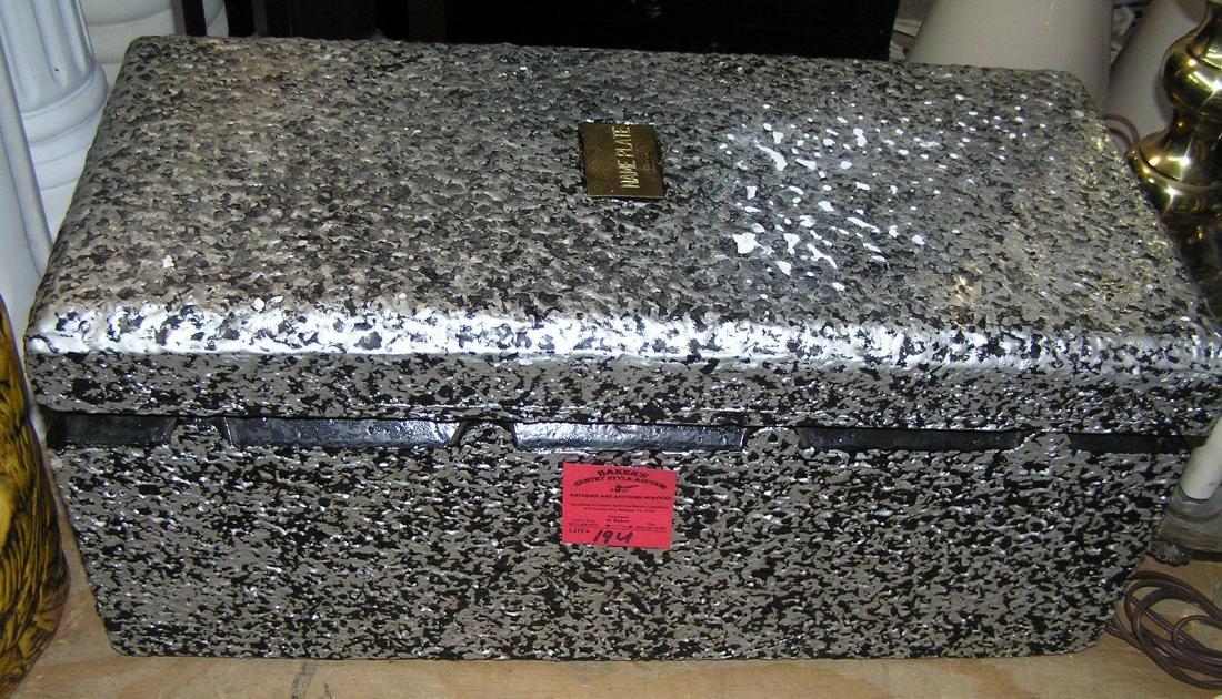 Salesman sample burial vault