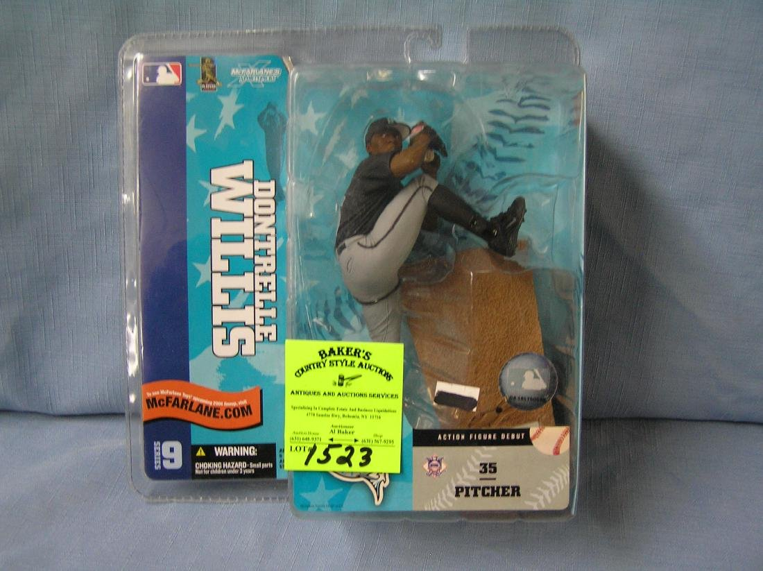 Vintage Dontrelle Williams baseball figure