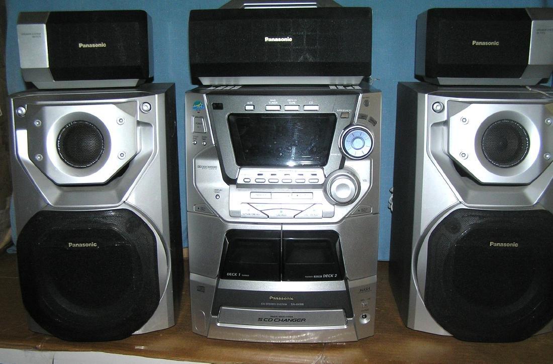 6 piece Panasonic CD stereo system - 2