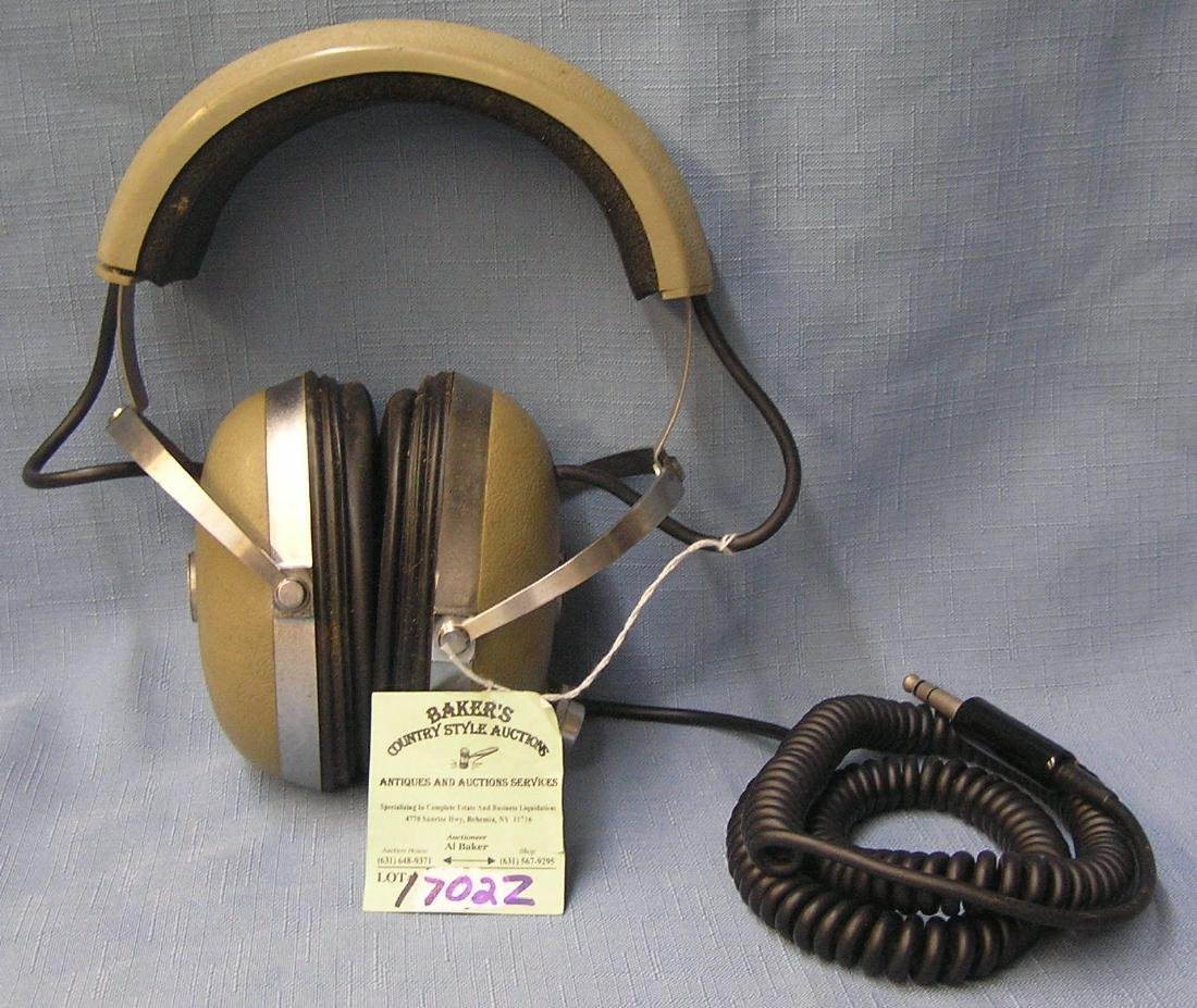 Professional quality Ross pro4AA head phones