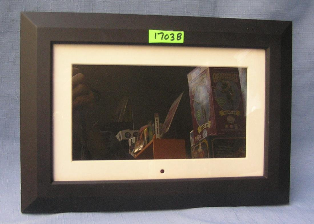High quality Optimus 9 inch digital photo frame