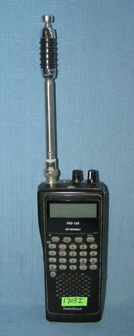 Radio Shack PRO-135 200 channel radio scanner