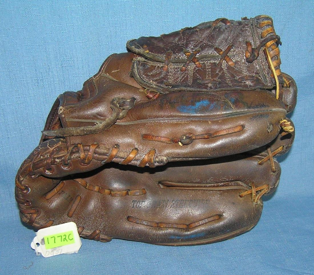 Early Jack Fisher autographed model baseball glove