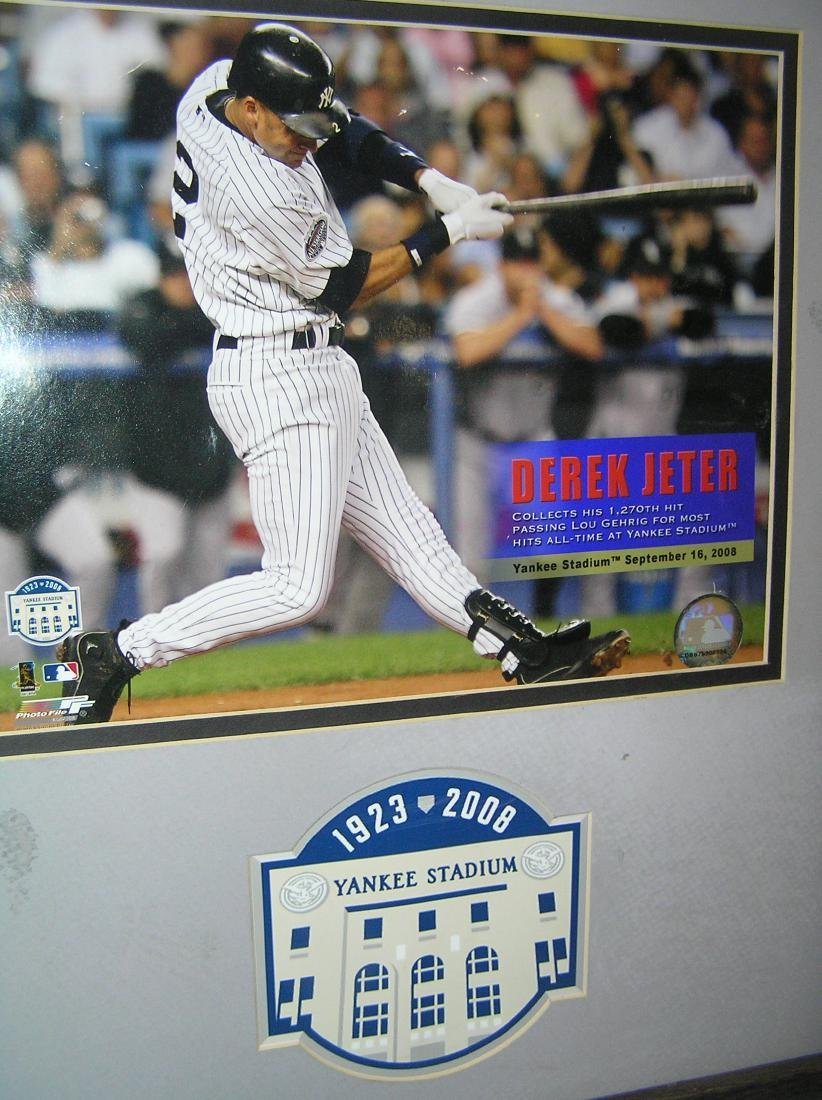 Derek Jeter oversized photo illustrated framed wall - 2