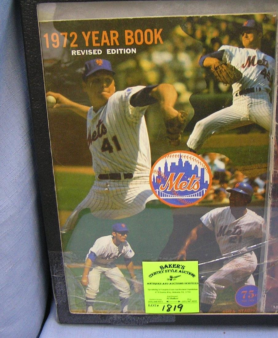 Vintage 1972 New York Mets yearbook