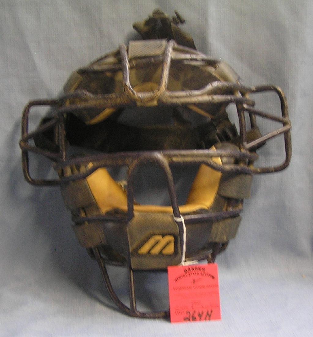 Vintage Mizuno baseball catcher's mask