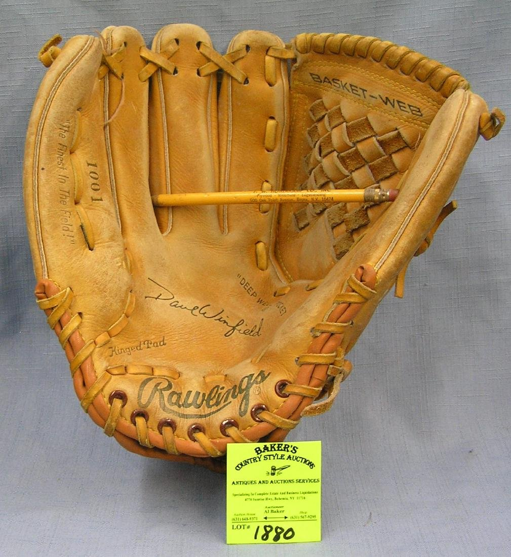 Vintage leather Dave Winfield baseball glove