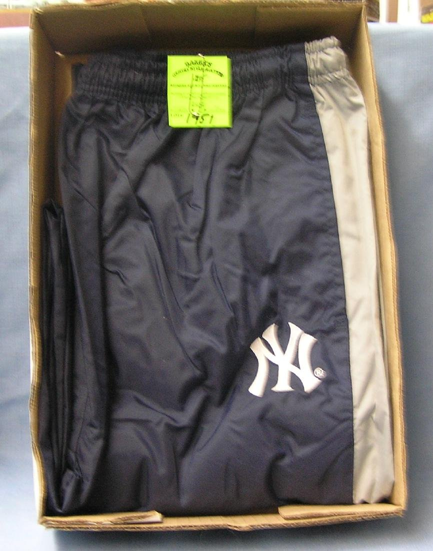 NY Yankees Adias warm up pants