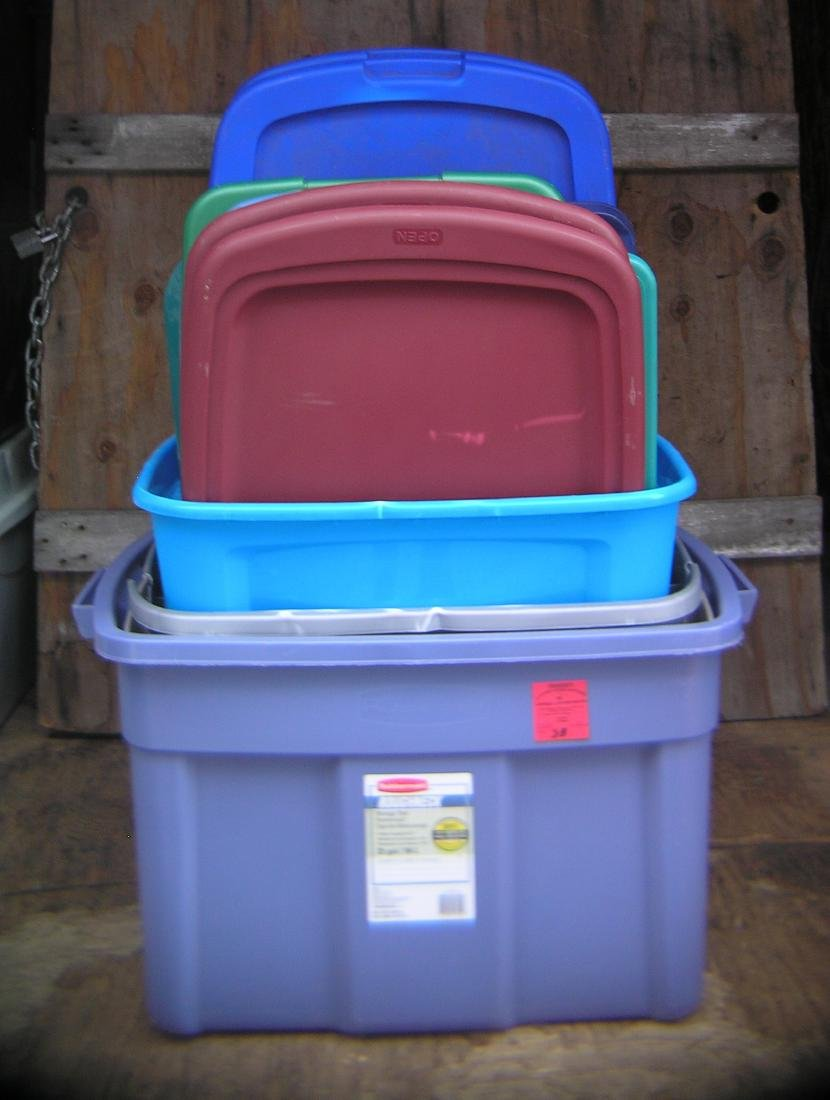 Group of misc. bins and lids