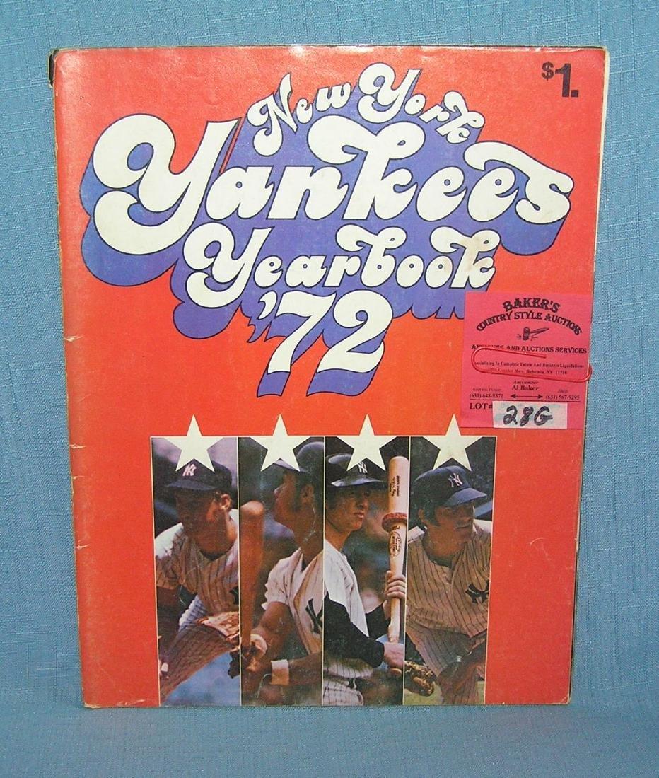 NY Yankees 1972 year book