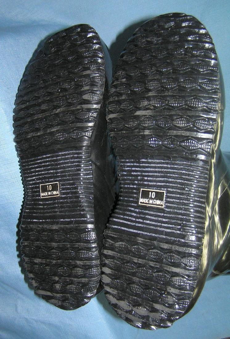 Size 10 water proof high top snow or rain boots - 2