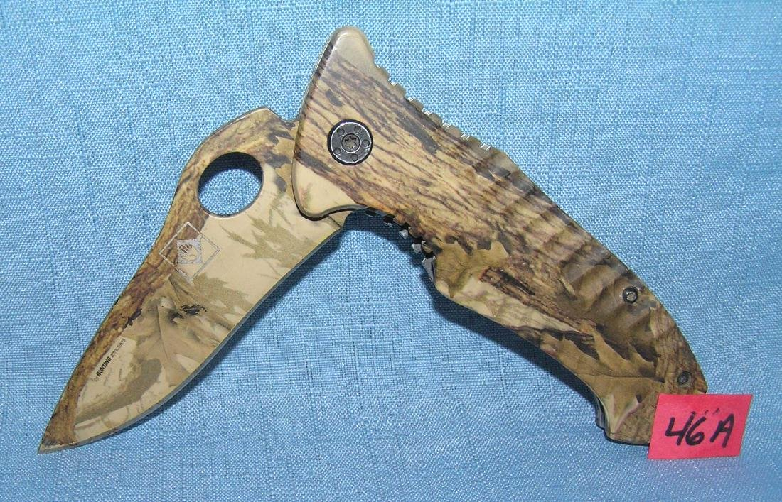 Vintage camo hunting knife with belt clip