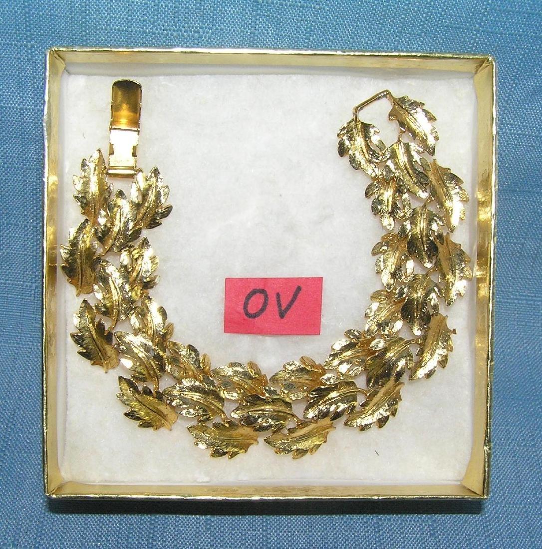 High quality signed napier gold toned bracelet - 2