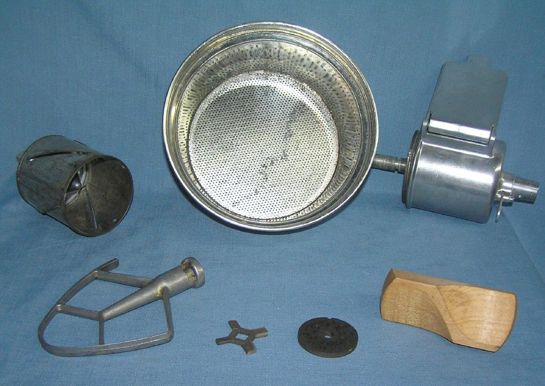 Vintage Kitchenaid electric food preparer/mixer - 6