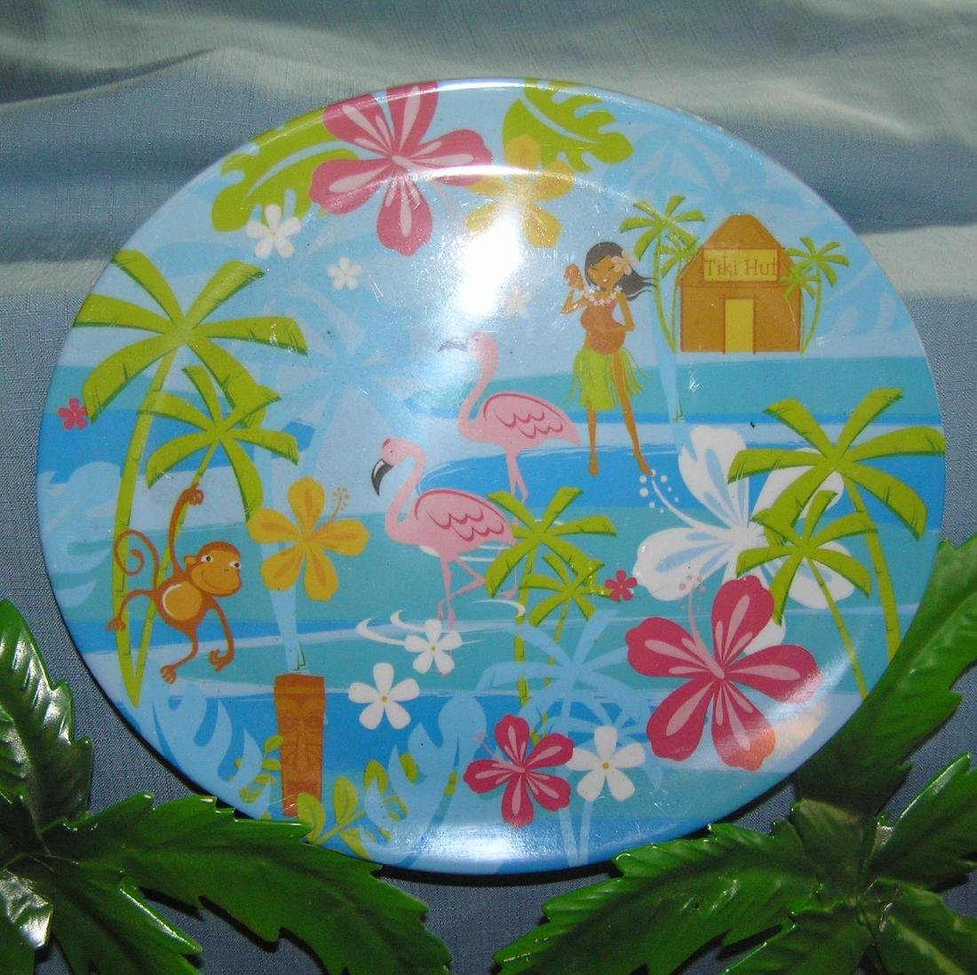 Large group of Tiki party decorations - 3
