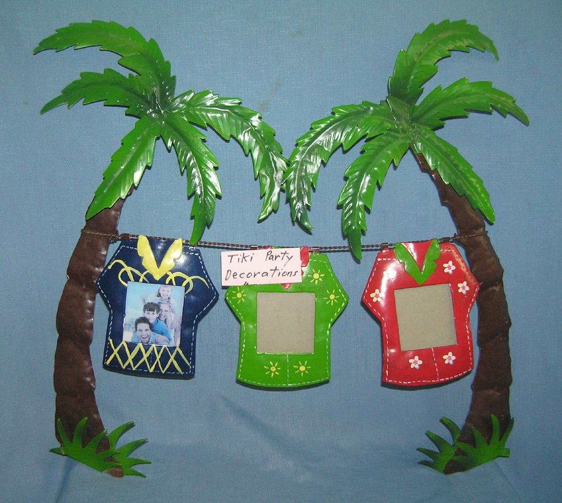 Large group of Tiki party decorations - 7