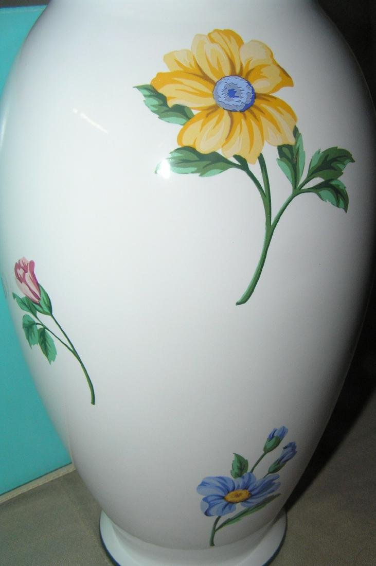 Signed Tiffany hand painted floral vase - 3