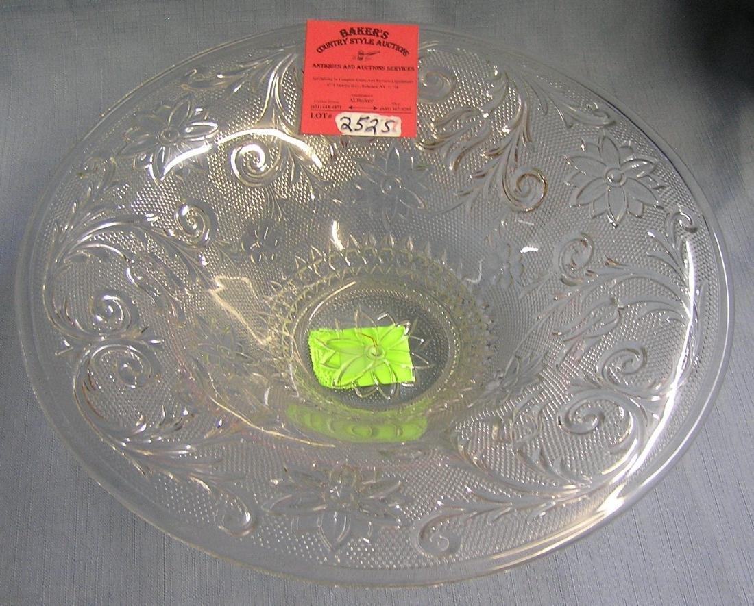 Large crystal serving bowl