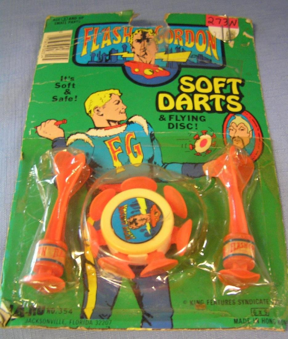 Flash Gordon dart and flying disc set