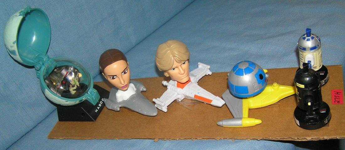 Group of vintage Star Wars toys and collectibles