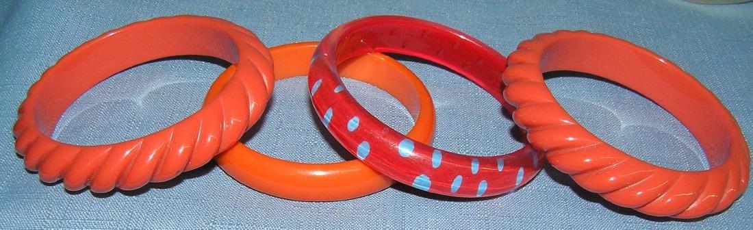 Vintage Bakelite and Lucite bracelets - 8