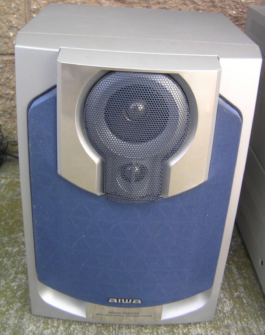 Complete Aiwa stereo system with surround sound - 5