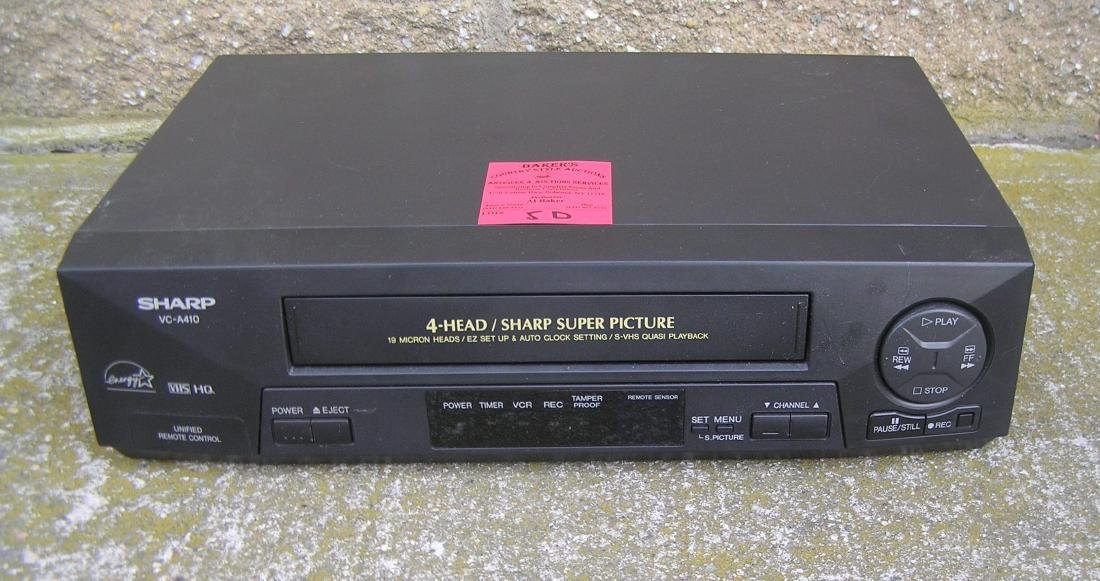 Sharp Super Picture 4 Head VHS movie tape player
