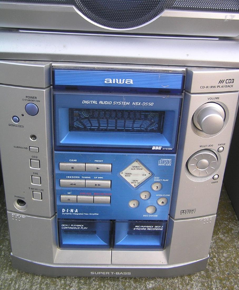 Complete Aiwa stereo system with surround sound - 2