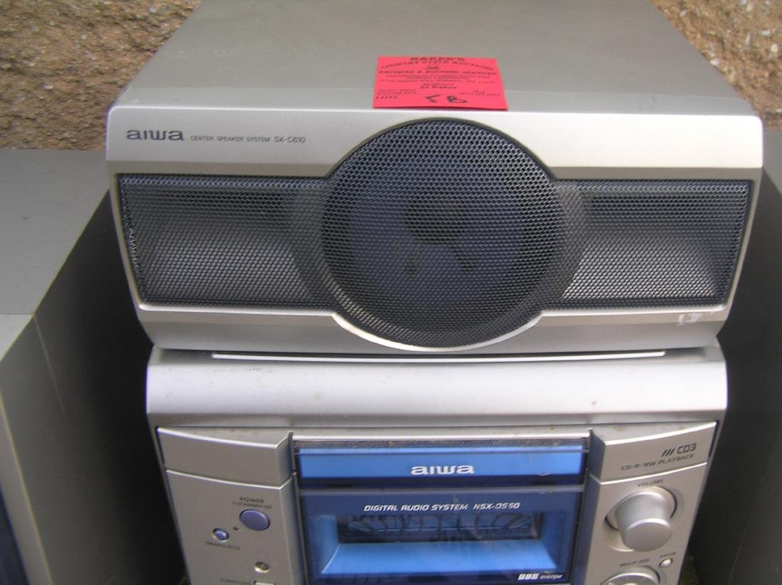 Complete Aiwa stereo system with surround sound - 3