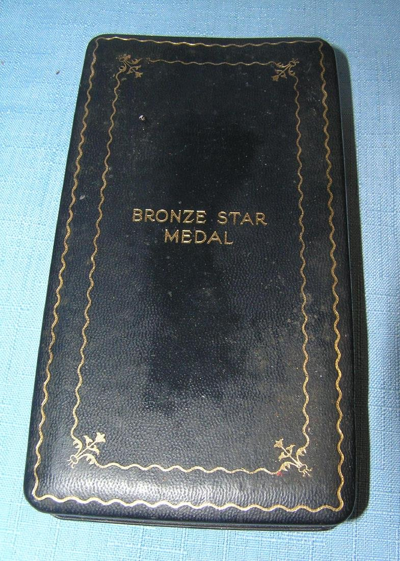 US bronze star cased medal, ribbon, bar and brooch - 2