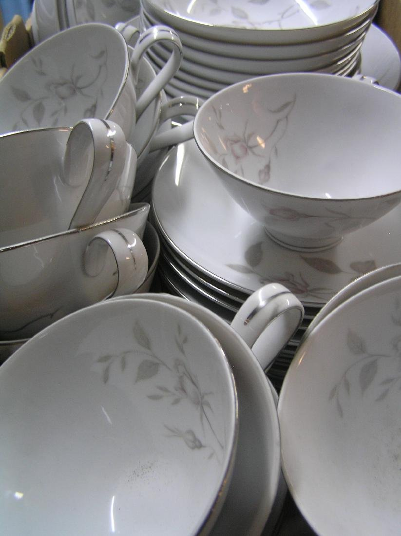 Narumi of Japan fine china dinnerware set - 6