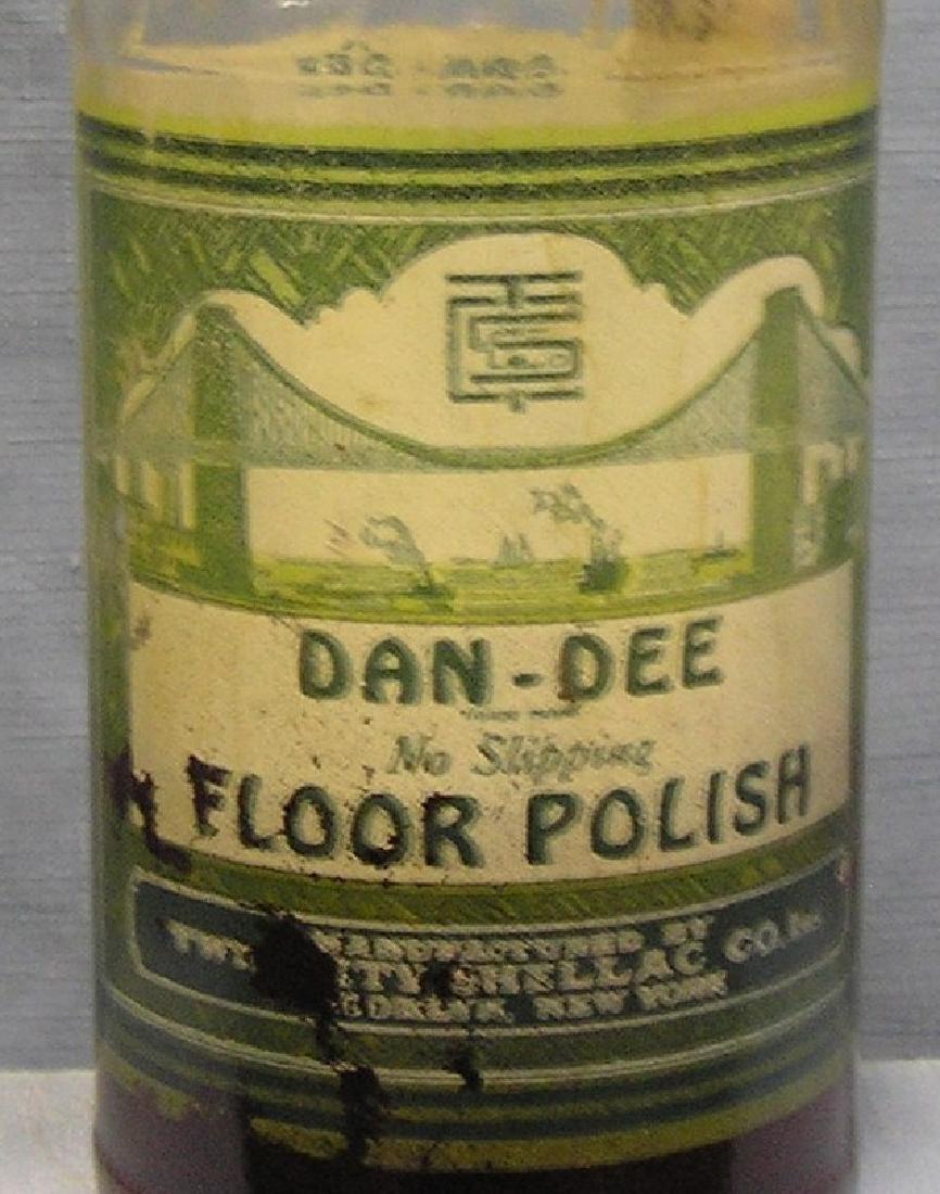 Dan-Dee polish w/ Brooklyn Bridge on the label