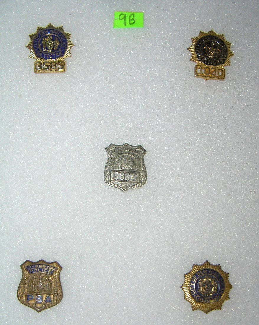 Collection of vintage NY City police badges - 2