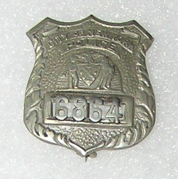 Collection of vintage NY City police badges - 4