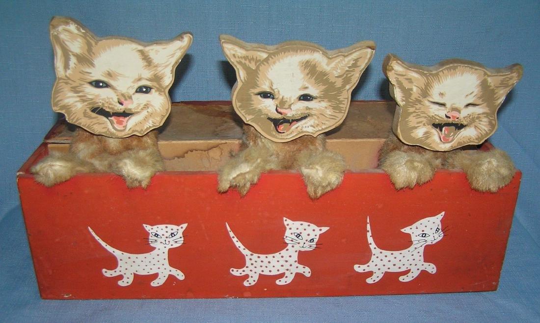 Mechanical kitten store display piece