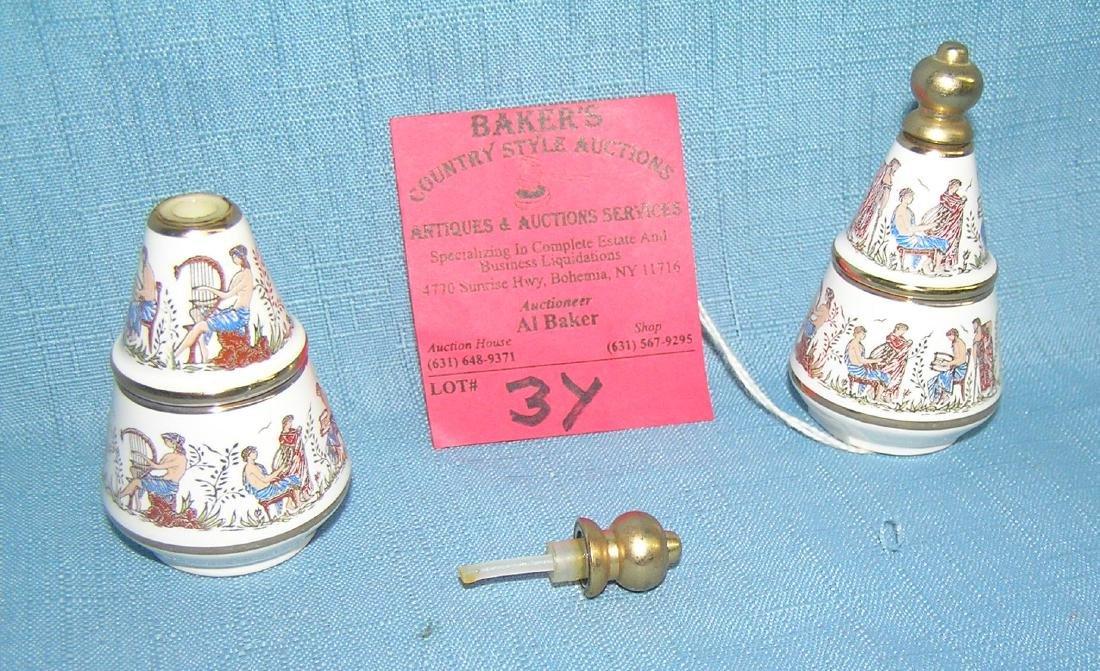 Porcelain Greek musicians decorative perfume dabber - 3