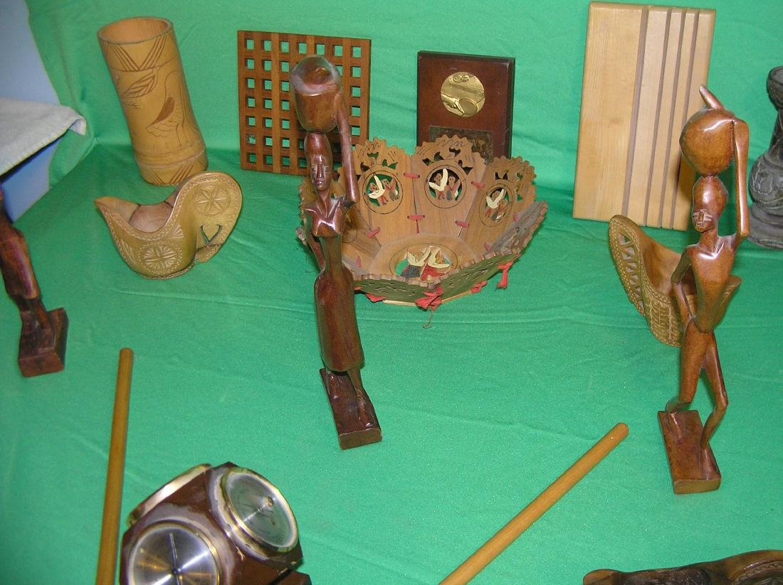 Collection of antique and vintage wood collectibles - 3