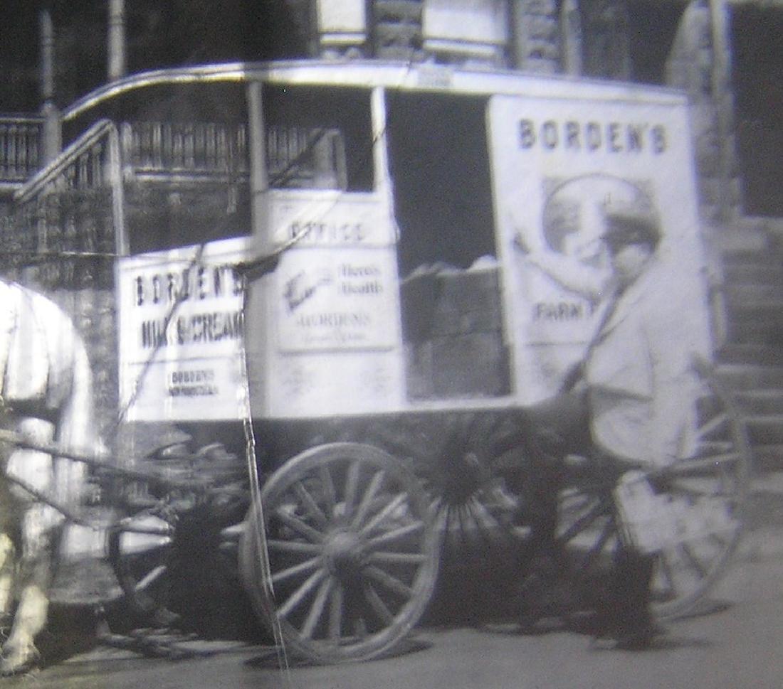 Borden Milk horse drawn wagon glass slide - 4