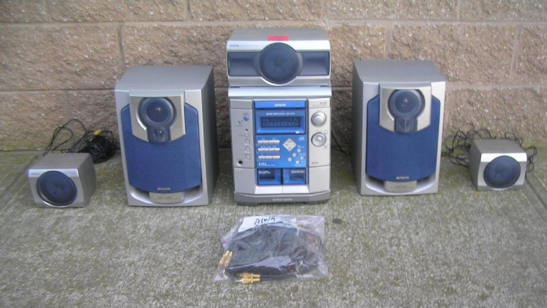 Complete Aiwa stereo system with surround sound